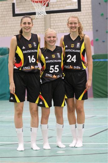 Von li nach re.: Carlotta Ellenrieder, Jessika Schiffer und Julia Loock